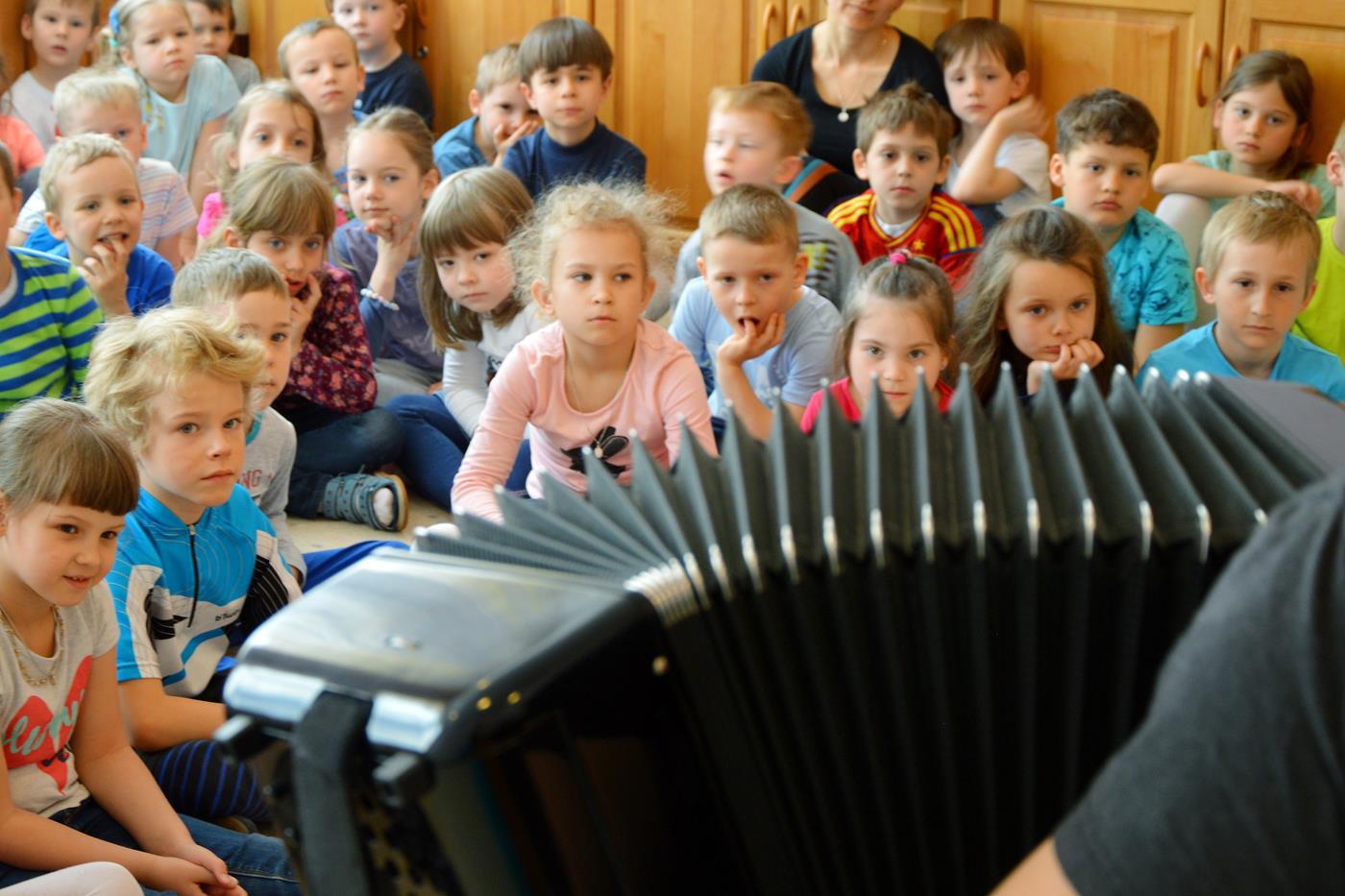 Poznajemy instrument, który ma mnóstwo guzików