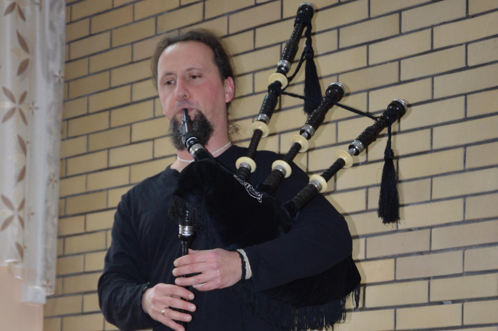 Muzyczna podróż: Szkocja, kraina gór i niezwykłych dźwięków