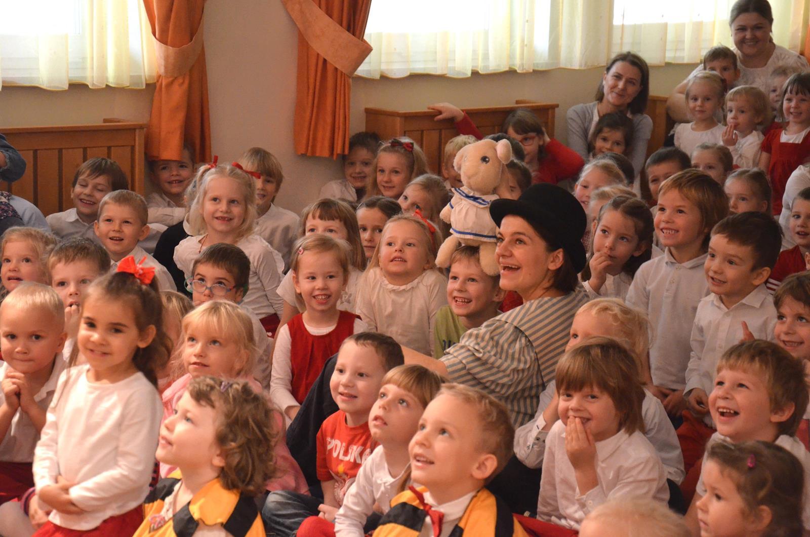Teatr Bajka - Zajączek i przyjaciele